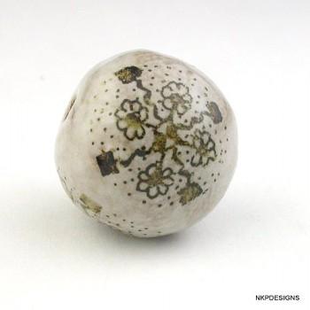Multi-Daisy Iron Oxide Ceramic Bead