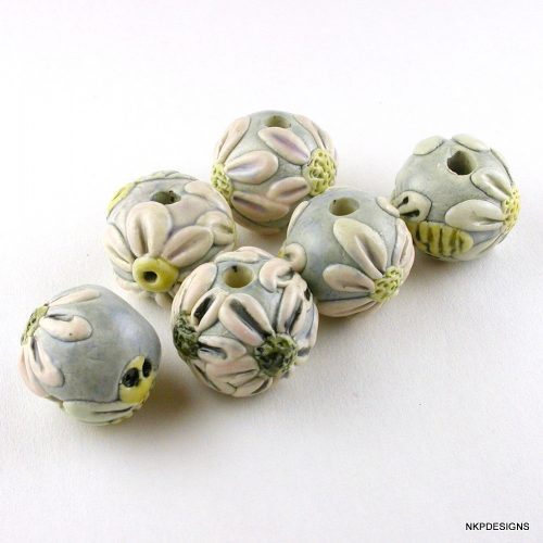 Bees and Flowers Ceramic Bead Set
